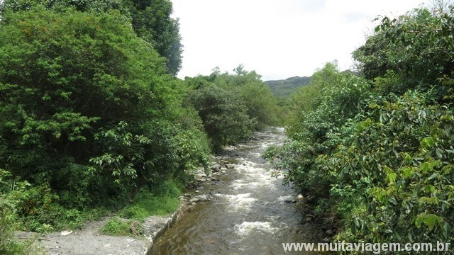 Há muitas trilhas interessantes perto do povoado de cerca de 2 mil habitantes