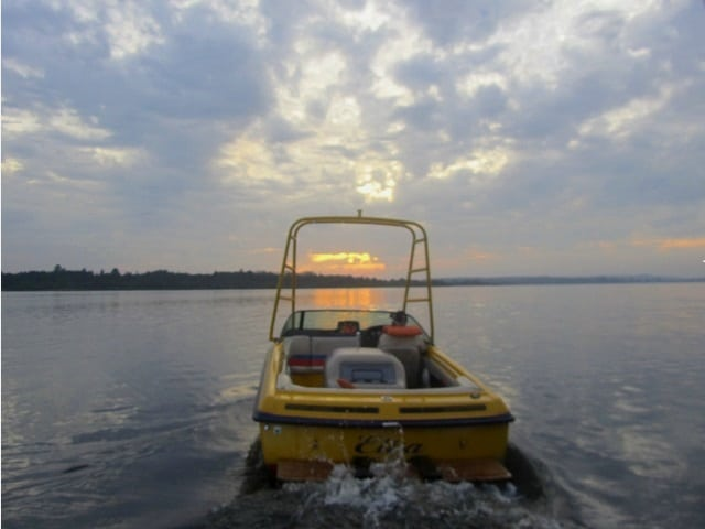 passeio-barco-broa-resort