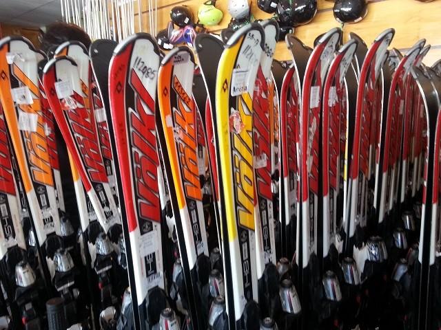 alugar os equipamentos de ski