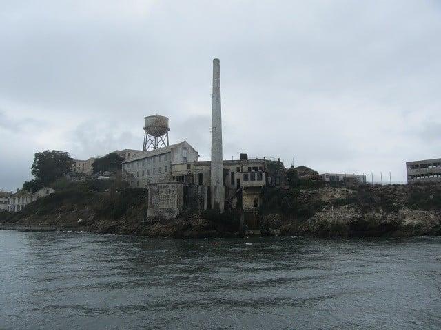 caixa-dagua-alcatraz