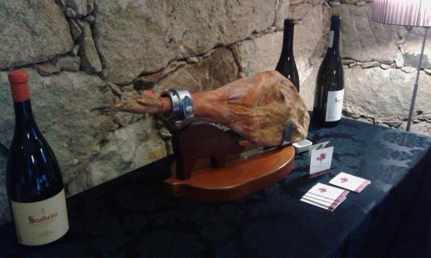 Presunto e vinho da Quinta de Soalheiro