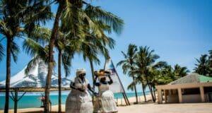 Praias desertas, lugares históricos, artesanato indígena: O que fazer em Porto Seguro