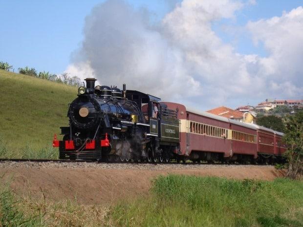 Trem Maria-Fumaça no interior de MG - Divulgação