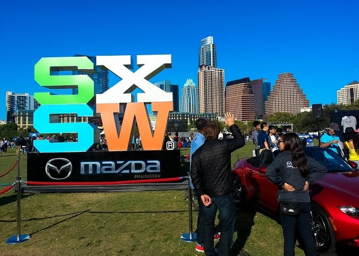 SXSW atrai mais de 400 mil pessoas durante os dias do festival.
