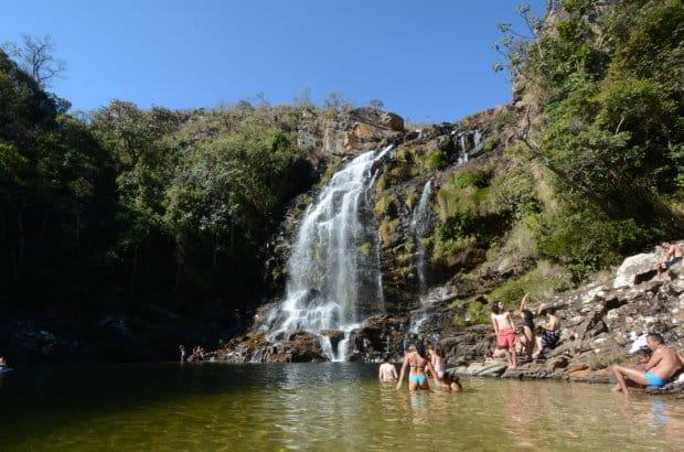 A Cachoeira Serra Morena, na Serra do Cipó, recebe visitantes nos dias quentes