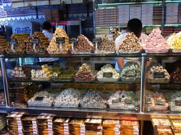 Não deixe de comer em Istamnbul os doces