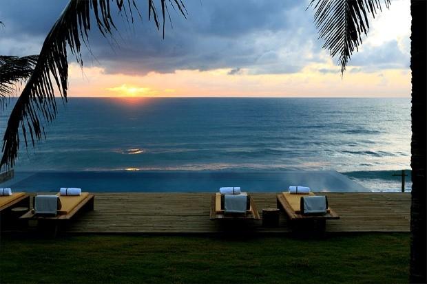 Em Alagoas, o resort em Barra de São Miguel é boa opção para viagem de casal
