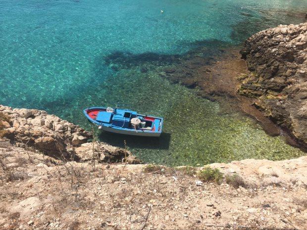 Calla Fredda ;é uma linda praia da Itália, na Sicilia