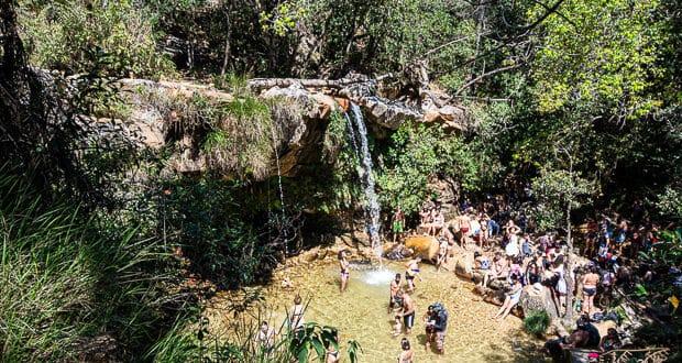 Cachoeiras em São Tomé das Letras ficam cheias no invero, nas férias de verão e principalmente no Réveillon