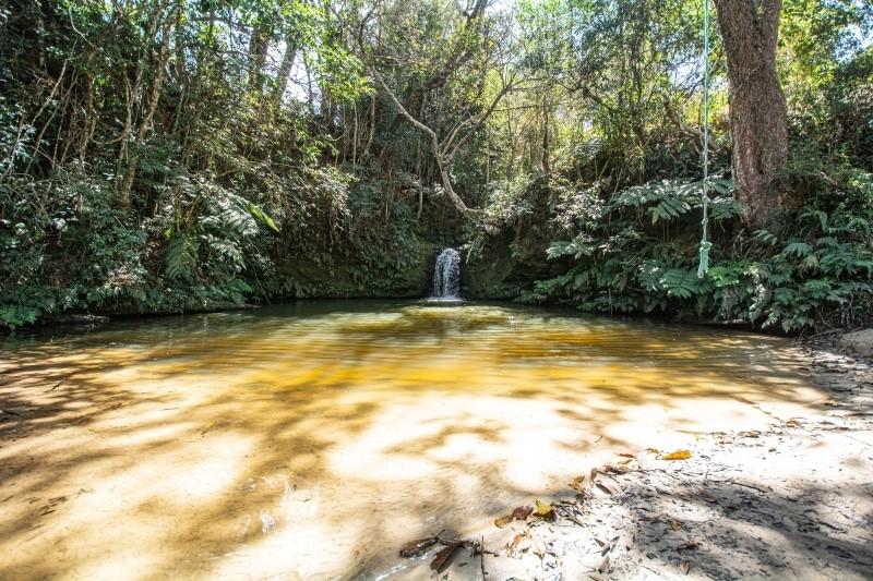 A localização, em São Tomé das Letras, da cachoeira da Lua é das mais fáceis de chegar