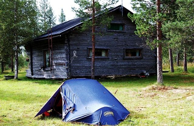 Acampamento de férias com as crianças no quintal de casa durante a quarentena - Muita Viagem